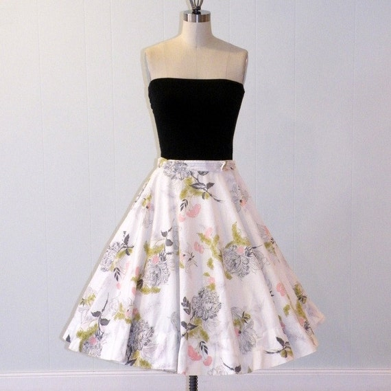 1950s 50s Full Circle Skirt, Pink Green & Gray Floral Print Cotton Full Circle Skirt, Garden Party Chic
