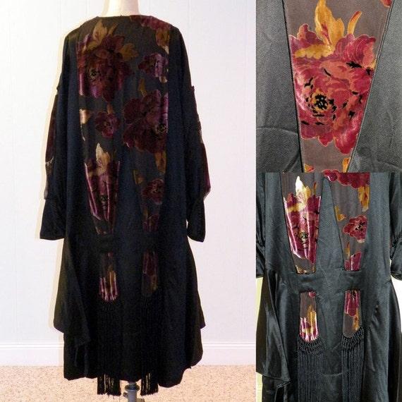 LAYAWAY/RESERVE for Brit Vintage 1920s Dress, 20s Black Silk Floral Cut Velvet Flapper Dress, Silk Fringe Tassels, Art Deco Gatsby Dress