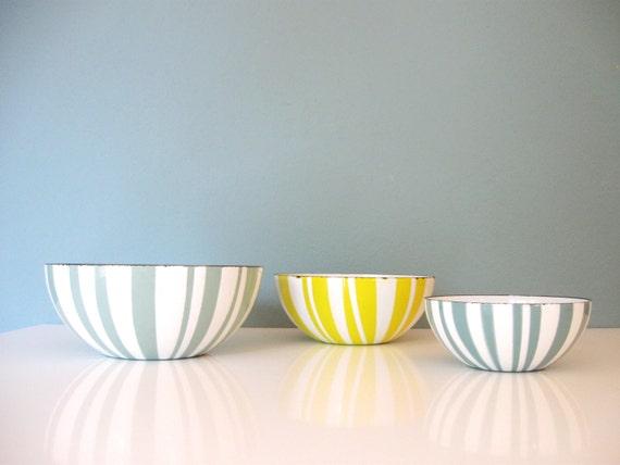yellow cathrineholm enamel bowl