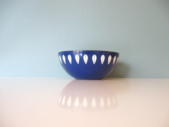 blue cathrineholm enamel bowl