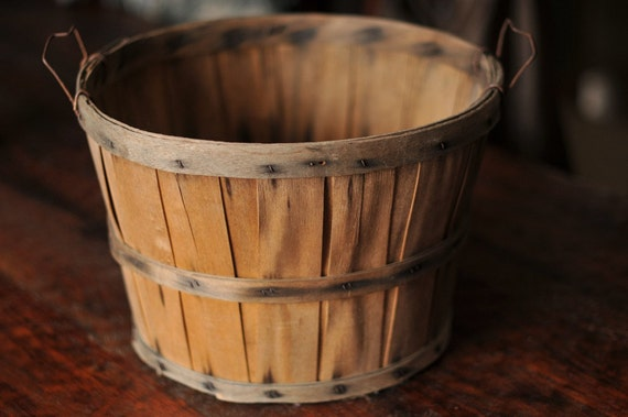 Vintage Bushel Basket - Great Photography Prop