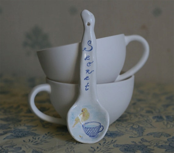 Ceramic majolica bird drawing spoon