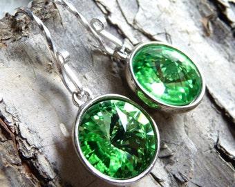 Swarovski Peridot Green Crystal Earrings, Briolette Rivoli Drops, Sterling Silver Earrings, Fashion, Wedding, Bridesmaids