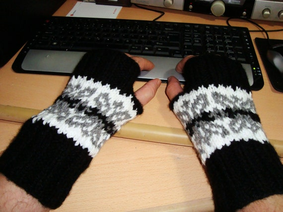 SALE-Knitting for Men Gloves Fingerless, in Black Grey White, Winter Man Fashion