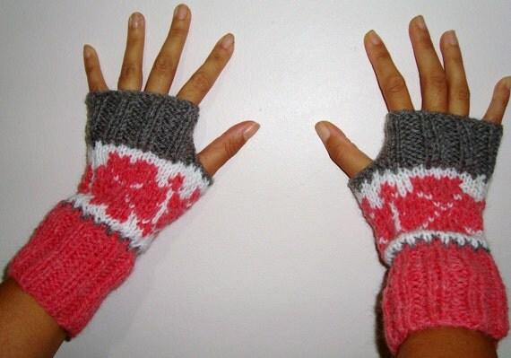 Hand knit fingerless winter gloves - Light Grey Salmon White, Womens gloves fingerless, fair isle knit, womens gift under 25 dollar