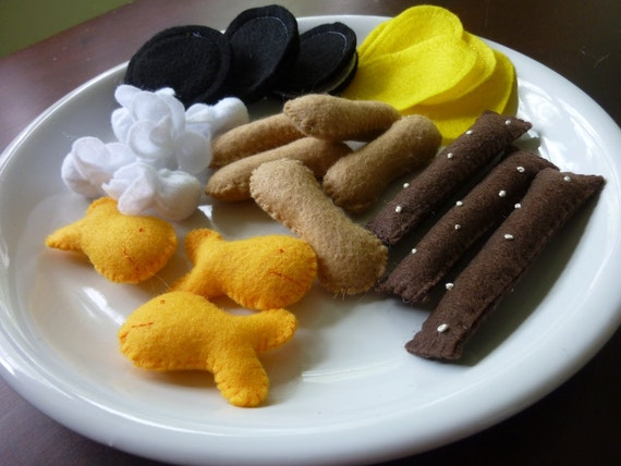 Snack Attack - Felt Food Play Set