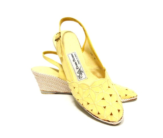 Vintage Yellow Daisy Sling Back Sweet Boho Wedge Heels