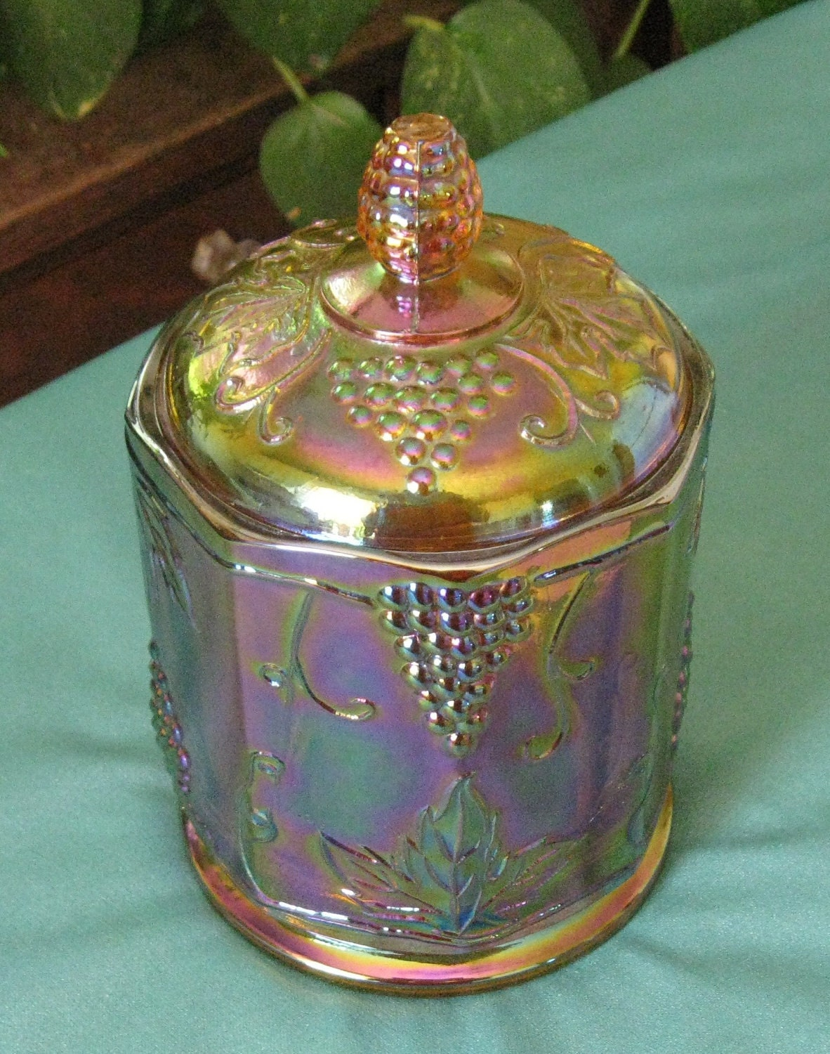 Vintage Carnival Glass Harvest Grape And Leaf Pattern Canister