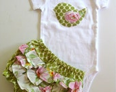 Triple ruffled bloomers with birdie onesie/shirt size 3mth
