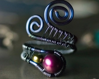 "Pearl Ring, Purple Ring, Dark Blue Copper Wirework Ring - AA Mulberry Purple Freshwater Pearl, Peacock Olive Pearl, June  - ""Dark Star"""