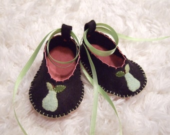 Black Ballet Flats with Green Pears - Felt Baby Shoes - Can Be Personalized