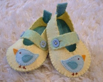 Pale Yellow Mary Janes with Bluebirds - Felt Baby Shoes - Can Be Personalized