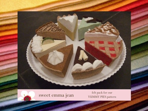 Felt Pack to make our Yummy Pie Assortment