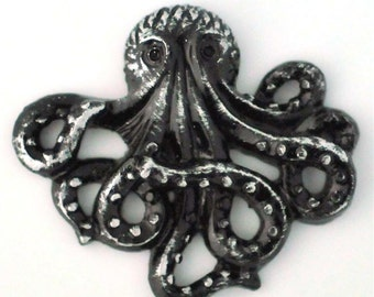 Set of 2 Antique Silver Hand Antiqued Octopus Steampunk Rockabilly 26mm Pendant Charm Earring
