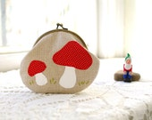 Mushroom Coin Purse: Red Amanita Mushroom Handmade Applique on Natural Linen- Woodland Toadstool Coin Purse- Gift for Her - Gnomes & Fairies