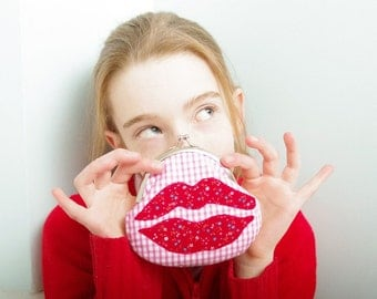 Kiss Purse- Valentines Day Gift for Her- Funny Red Lips Applique Coin Purse- Handmade Applique- Red & Pink- Love
