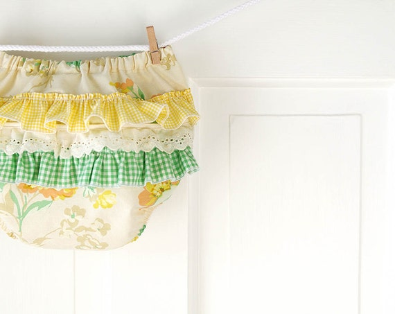 Ruffle Butt Diaper Cover Bloomer- Ivory, Lemon Yellow, and Green Vintage Floral- 6m 12m 18m- Baby Shower Gift- Baby Spring Fashion- Recycled
