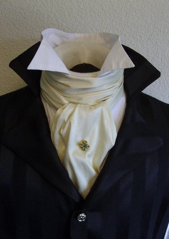 REGENCY Brummel Victorian Ascot Tie Cravat - Ivory Cream Dupioni Silk