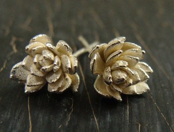 Field Flower Posts  -- Botanical Jewelry -- Nature Cast -- Ready to Ship