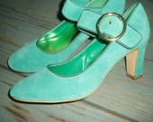 Reserved for 33norashmora33   Gorgeous Teal Suede Mary Jane Pumps 8.5M