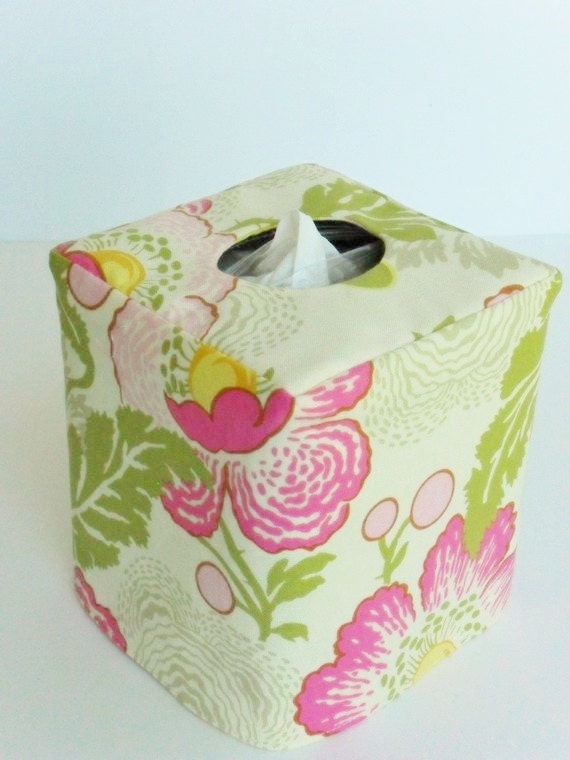 Pink Poppies reversible tissue box cover