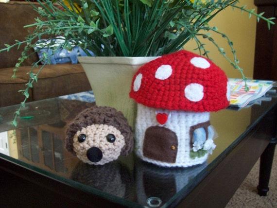 Hedgehog and Mushroom House - PATTERN