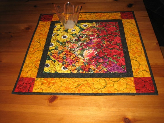 Table Topper, Red and Yellow Flower Garden