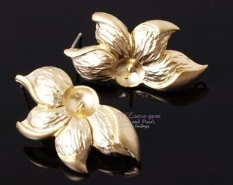 NP-550 M.Gold-plated Sunflower earring, 925 sterling silver post, 2pcs