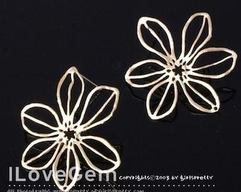 NP-407 Matt.Gold-plated, 6-petal flower earring, 925 sterling silver post, 2pcs