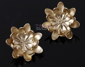 NP-592 Matt Gold plated, Corsage earring, 925 sterling silver post, 2pcs