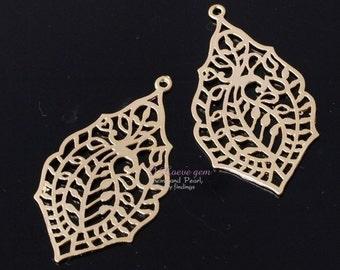 NP-599 Matt Gold pated, Oriental filigree pendant, 2pcs