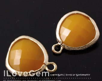 P1750 Gold plated, Orange Mustard, Glass fancy rosecut 12.5mm, Glass pendant, Framed glass, 2pcs