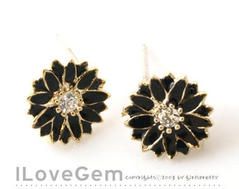 NP-1267 Gold plated, Mini daisy earring, Black, 925 sterling silver post, 2pcs