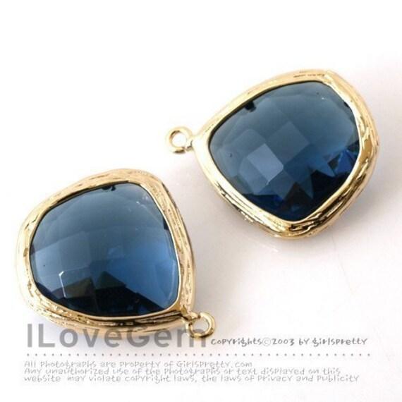 Gold (Sapphire Blue) Glass fancy rosecut 15mm, 2pcs
