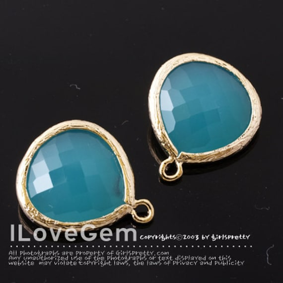 P2565 L-size, Gold plated, Mint Opal, Glass fancy drop 15.5mm, 2pcs