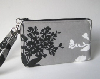 Wristlet in Gray, Black and White Branch/Blossoms