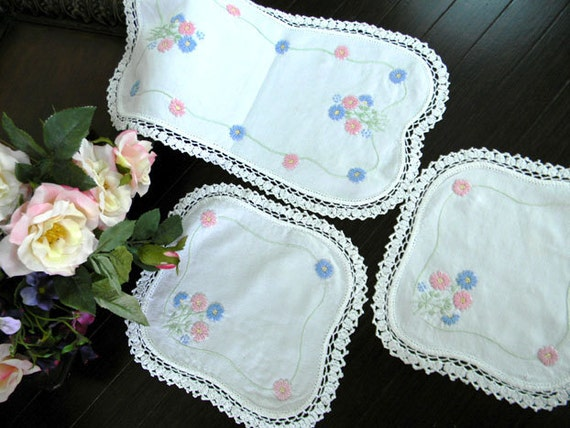 Linen Matching Duchess Dresser Doilies - Set of Three 7371