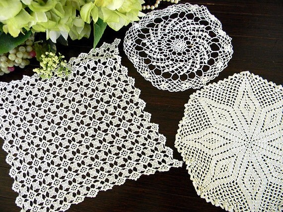 3 Vintage Crochet Doilies in White Off White - Hand Crocheted and Lace 7456
