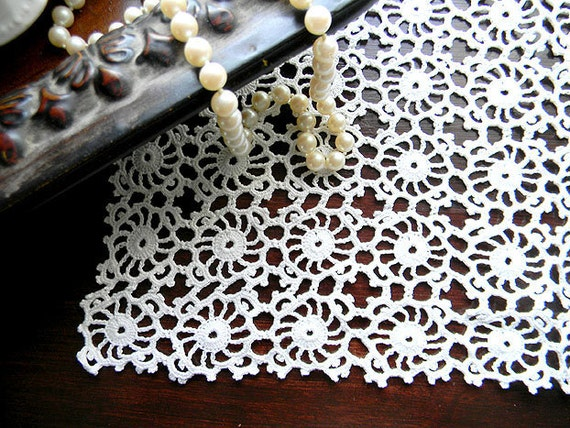 Large Doily - Knotted Crochet Centerpiece - Hand Crocheted 7507