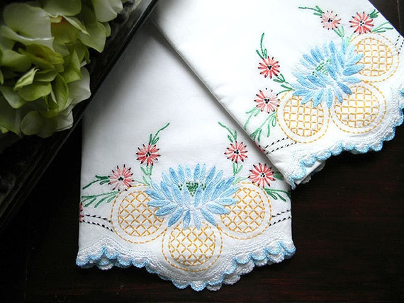 Vintage Embroidered Pillowcases - Crochet Lace Edges - Pair Pillow Cases - 7557