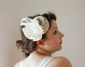 Fascinator Bridal Hat, Wedding Ivory Headpiece with Ivory Veil, Handmake. Hand made