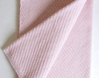 extra-thick towel in pink twill