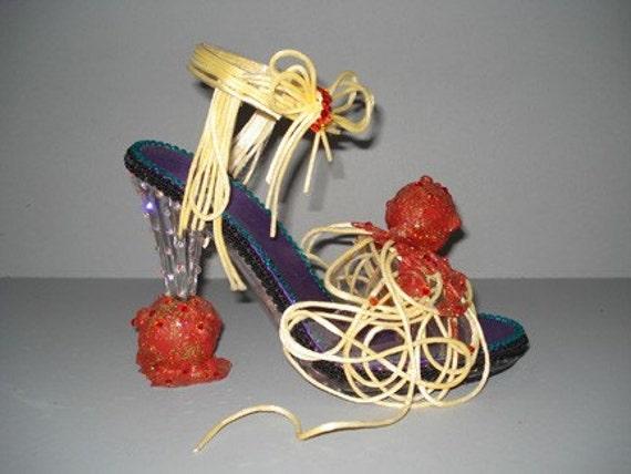 art shoe sculpture Spaghetti Stiletto