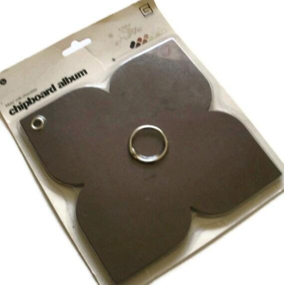 BasicGrey Album, 8 page Lotus milk chocolate ring bound album