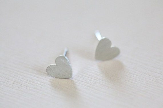 Holiday sale - Sterling silver tiny heart earrings