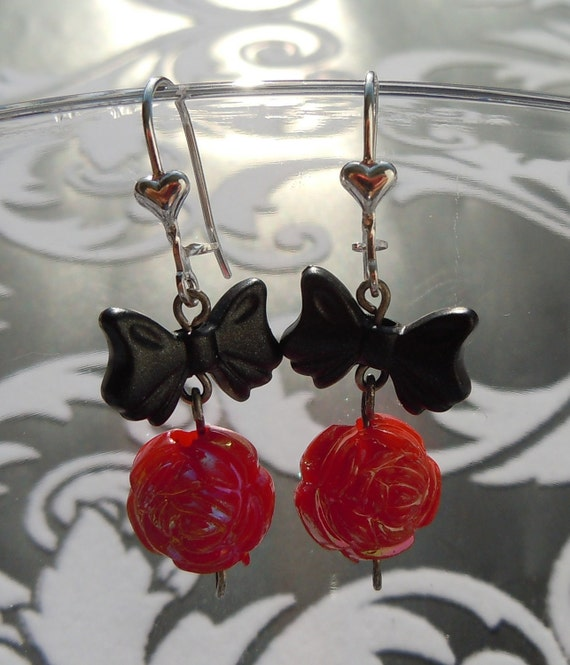 SALE and 100% DONATION to AHA // Bow and Rose Earrings - Gothic