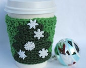 Christmas tree travel mug cup cozy coffee green wool crochet