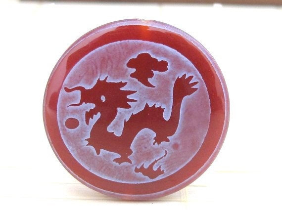 Tibetan dragon etched agate carnelian  disc bead - BD161