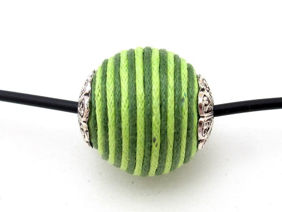 Lime green capped beads - 2 beads set - BD196