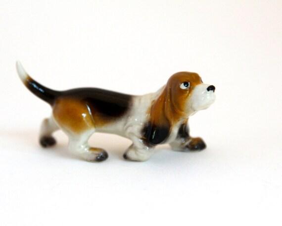 Mini Basset Hound Mama Dog Figurine by Hagen Renaker